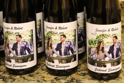 how to make your own wine labels for weddings