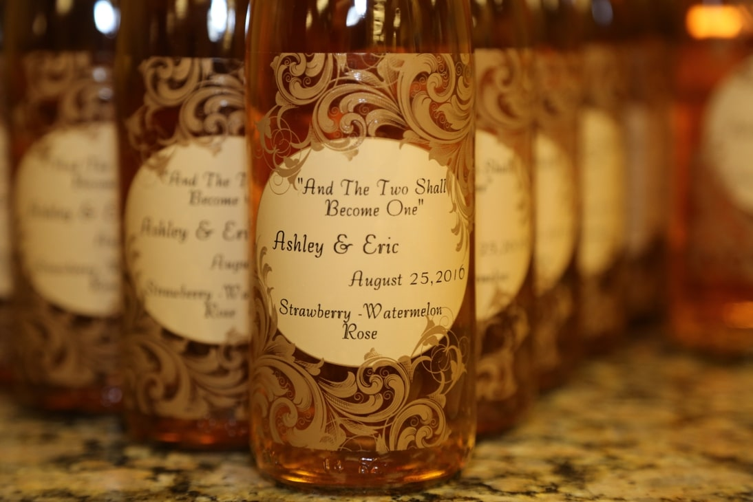 wine bottle wedding favors you make with custom labels